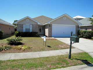 148 Secret Harbor 4BR/2BA Walk to the Beach!