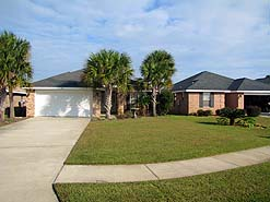 Dolphin's Retreat 4BR/2BA sleeps 11! Private Pool!  Walk to the beach!