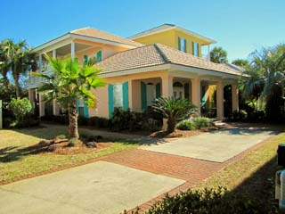 Pipers Penny*Walk to the Beach*Emerald Shores*3BR/2.5BA*Sleeps 10!