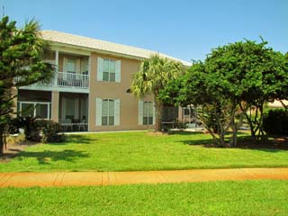 3BR/3.5BA fully furnished Rental in Emerald Shores