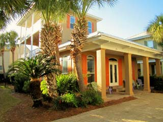 St. Croix*5BR/3.5BA*Sleeps 14*Emerald Shores*Walk to the Beach!